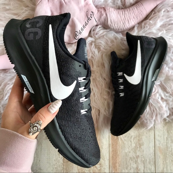d48f8a45f2a0 NWT Nike ID Zoom Pegasus 35 Custom Black